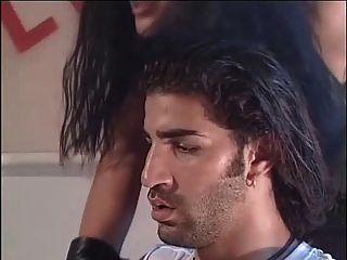 Manuela (2000) filme italiano completo