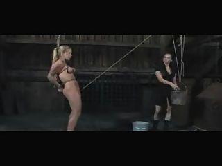 Slave dia zerva lesbian outdoor bdsm enema e humilhação