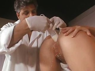 Anal squirt enfermeira kathy anderson
