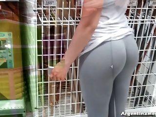 Incrível bolha butt teen na rua e no mercado!molhado!