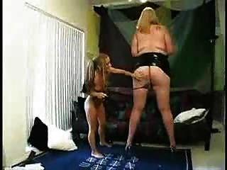 Mulher gorda grande e menina pequena prt2 ... bmw