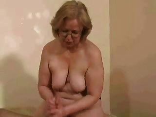 Senhora.Watson topless