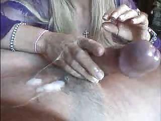 F60 grande boobs mão relaxamento