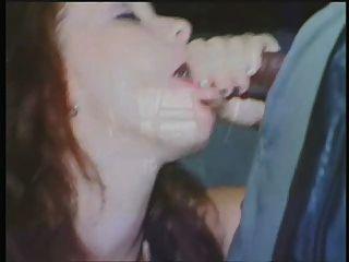 Bobbi felicidade comer pau preto