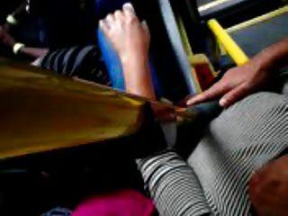 Toque em tits bus
