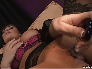 Two milf lesbian play on the cam