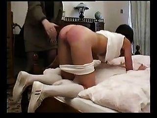 Estudante russa dura punido pelo professor