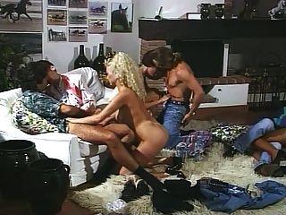 I pornoricordi di chloe (1990) filme completo do vintage