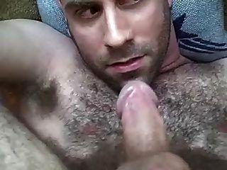 Minha primeira vez para engolir meu próprio cum