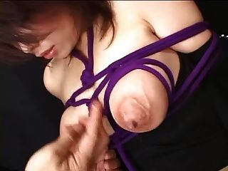 Lactação mãos livres com mamas por spyro1958
