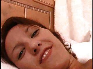 Dedo fodendo seu pussy e burro muitos esguichando orgasmo