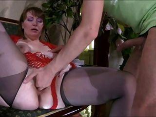 Tolo guy \u0026 doce linda mãe com saggy tits
