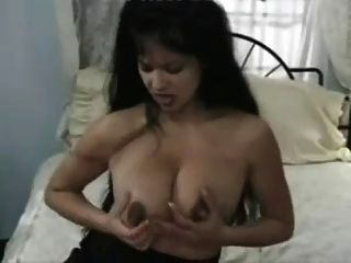 Masturbação após a ordenha com uma máquina por snahbrandy
