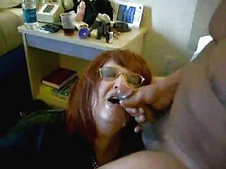 Esposa bebendo meu cum!Vídeo caseiro