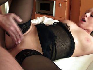 Pintainho peituda alemão tem anal