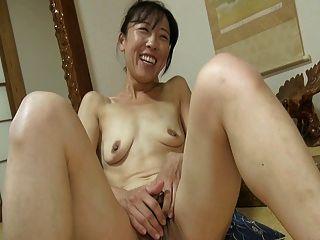 Menina japonesa clit grande 1