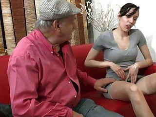 baiser des putes elle se tape un vieux