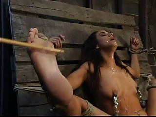 Nadia estilos bondage orgasm ::: mrskyd :)