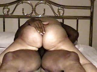 Mulheres maduras montando a um orgasmo