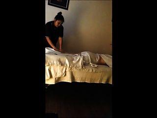 Massagem tailandesa cam escondida