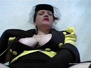 Bela puta depravada foda na sala de espera