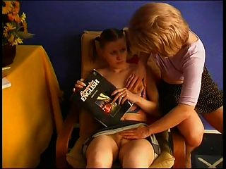 Lésbicas russas.Maduras e imaturas 01