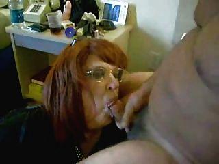 Perverte a esposa que bebe meu cum.video caseiro