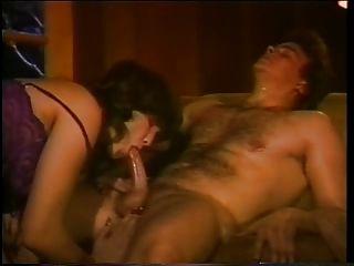 Pouco oral annie de volta na sela anos 80