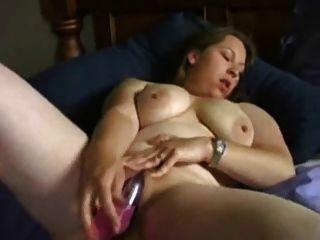 Ex-namorada bbw córnea masturbando com vibrador