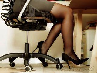 Longo, pernas, pés, alto, saltos, escritório, menina