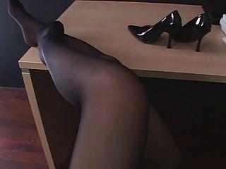 Asian pantyhose upskirt