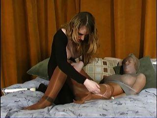 Ass, buceta e pé adoração escravo parte 3