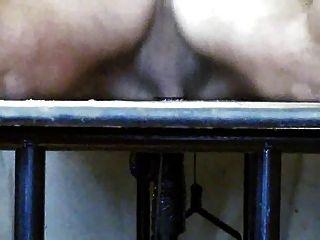 Vácuo ajuda na mesa gloryhole