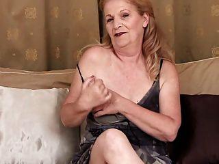 Entrevista granny e masturbação