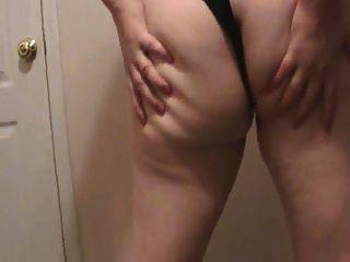 Lateshay 36 f tits vermelho mini saia strip tease dick pleaser