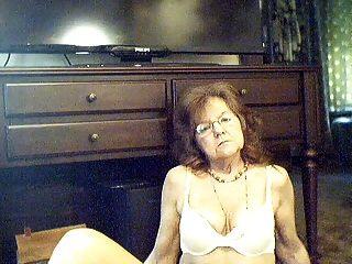 64 y.o.Doce, sexy, avó, longo, cabelo