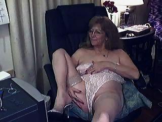 Linda avó com óculos 2