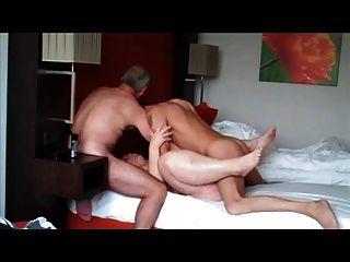 Fodendo uma mulher slut bola profunda