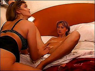 Prazer com duas lésbicas