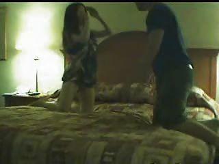 Cadela desagradável pego na câmera batota no marido