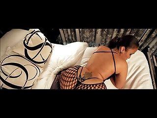 Un booty grande cara
