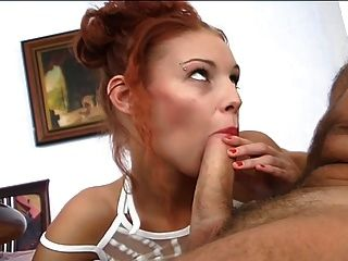 Redhead hot babe fodido por velho galo ... usb