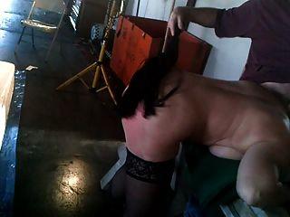 Slut acorrentado a viu tits saltos meias palmada bdsm