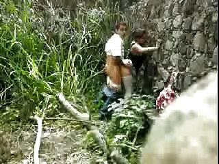 Cojindo no monte