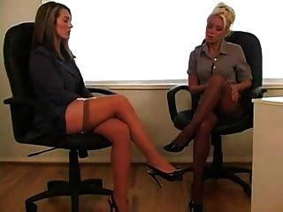 Lésbica no escritório 1 de 4 d10