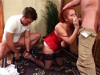 2 jovens studs dupla equipe saggy tittied redhead granny