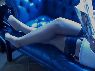 Curvy maduro amador em lingerie retro e ff nylons