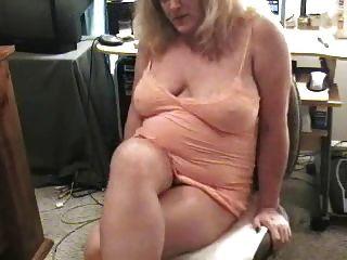 Granny sujo farting na câmera