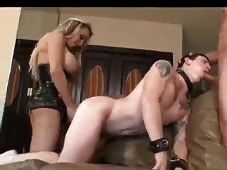 Bissexual ela é a chefe neste vid
