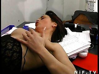 Francês, secretária, sodomizado, escrivaninha, enquanto, ela, soprando